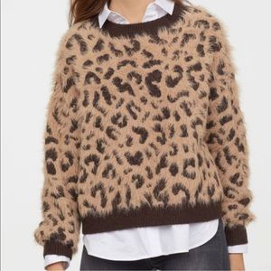 H&M Eyelash leopard print fuzzy sweater